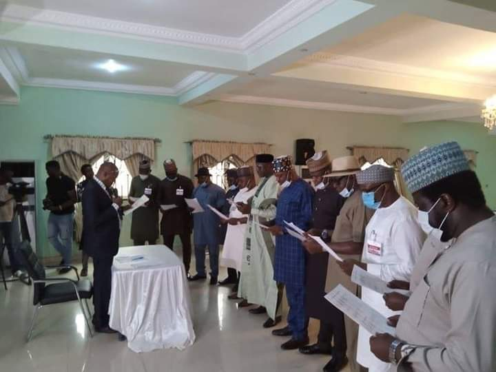 Edo: 12 APC members sworn in after Assembly takeover 5ominds