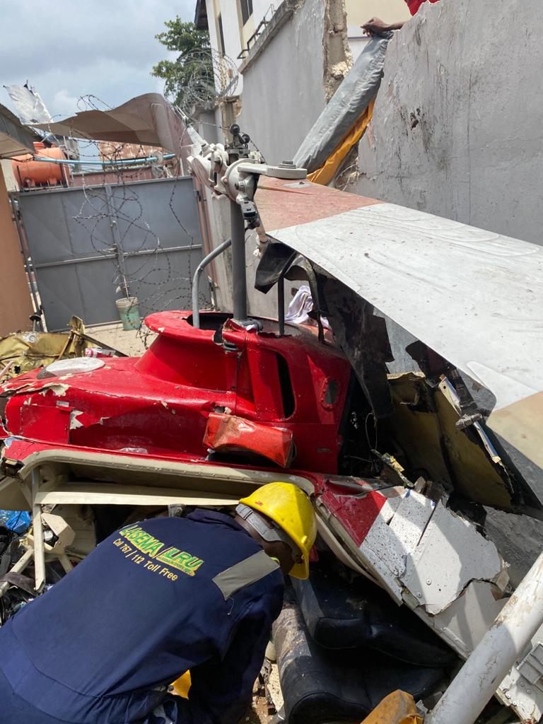 Scene of the crashed Quotom Aviation helicopter in Opebi,Ikeja 5ominds
