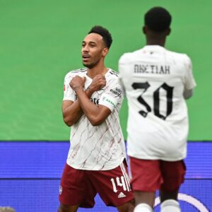 aubameyang after scoring against Liverpool 5ominds 5ominds