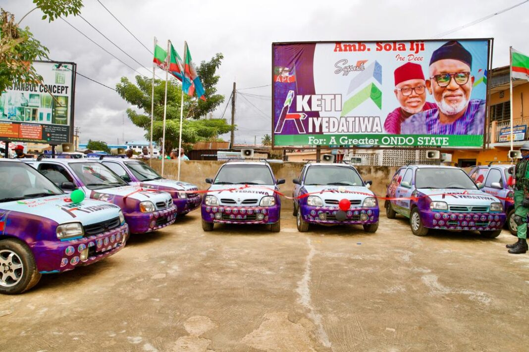 Huge Boost For Akeredolu as Opponent Donates Vehicles for His Reelection Campaign  - IMG 20200911 081042 1068x712 - Huge Boost For Akeredolu as Opponent Donates Vehicles for His Reelection Campaign