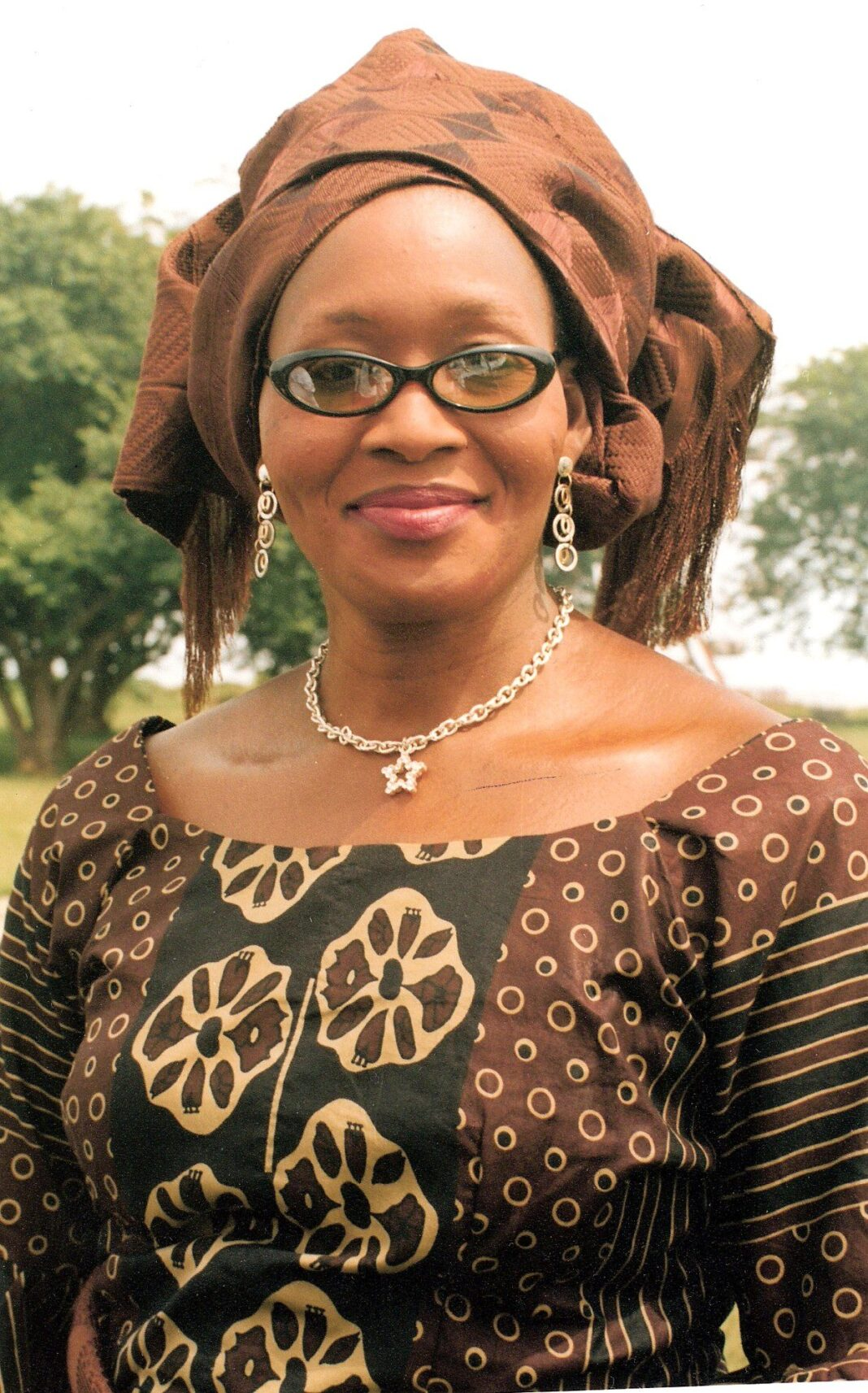 kemi olunloyo gifts herself nigerian journalist of the year - Kemi Olunloyo 1068x1713 - Kemi Olunloyo Gifts Herself Nigerian Journalist Of The Year