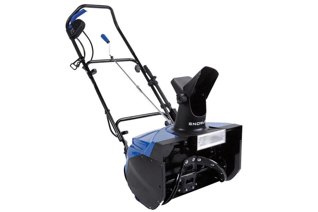 This Best-Selling Snow Blower Saves Amazon Shoppers 'Long stretches of Shoveling Snow,' and It's 44% Off amazon - mm 1068x712 - This Best-Selling Snow Blower Saves Amazon Shoppers 'Long stretches of Shoveling Snow,' and It's 44% Off